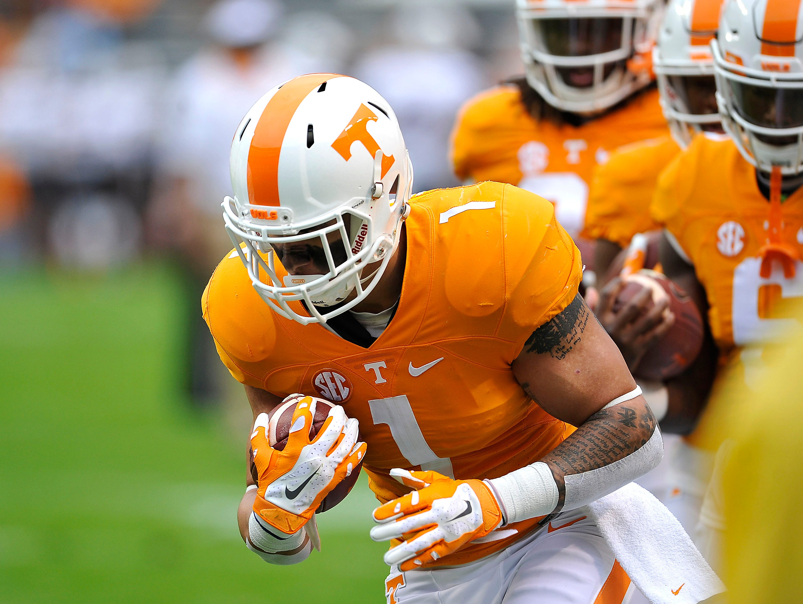 Tennessee running back Jalen Hurd (1) warms up with his teammates before the Vols play South Carolina on Nov. 7, 2015.