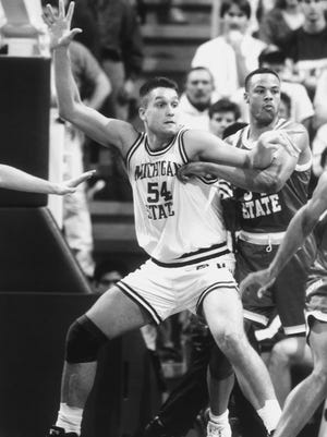 Mike Peplowski averaged 14.5 points and 10 rebounds per game as a senior in 1992-93.