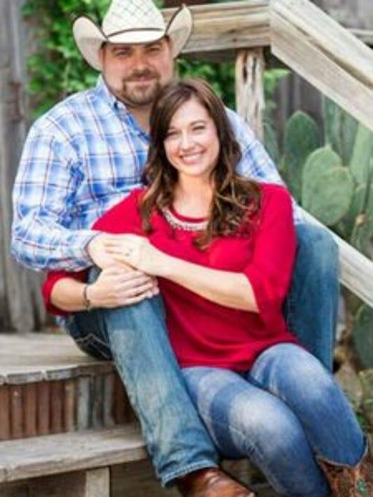 Engagements: Amanda Owens & Casey Paine