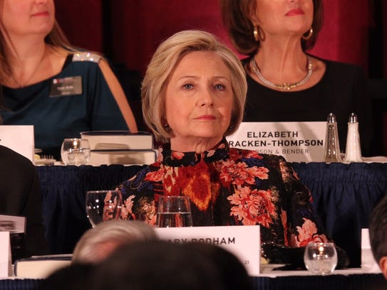 Hillary Clinton accepts the Global Leadership Award