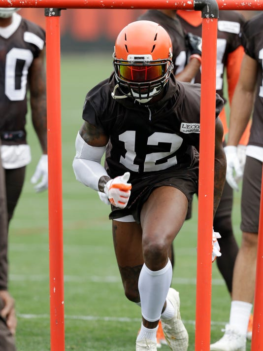 Browns_Revived_Gordon_Football_51482.jpg