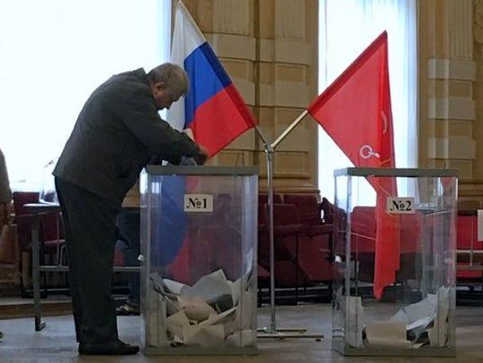 636141232134814344-04-Elections-Observer.JPG