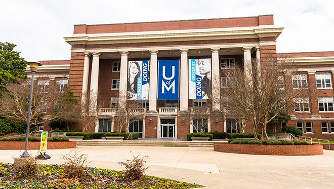 University of Memphis students get the day off Friday because of a power outage.