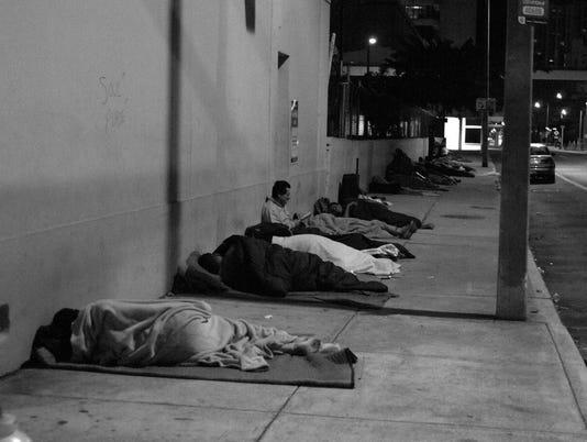 636186087304038151-homelesss.jpg
