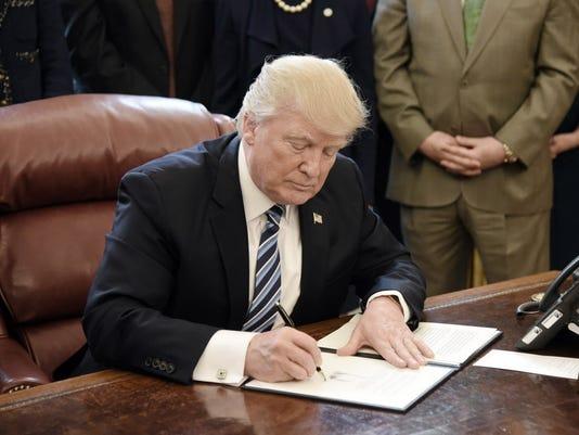 EPA USA GOVERNMENT TRUMP POL GOVERNMENT USA DC