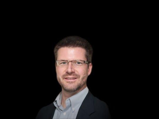 Silas Lyons, Executive Editor