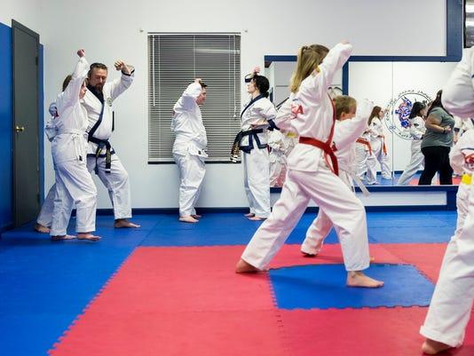 636510992837934299-Karate-Class-01.jpg
