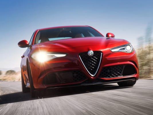 636131971433418165-2017-Alfa-Romeo-Giulia-12.JPG