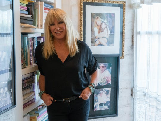 Suzanne Somers' new book, Two's Company, reflects on