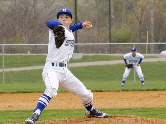 Brayden O'Connell delivers a pitch for Horseheads against
