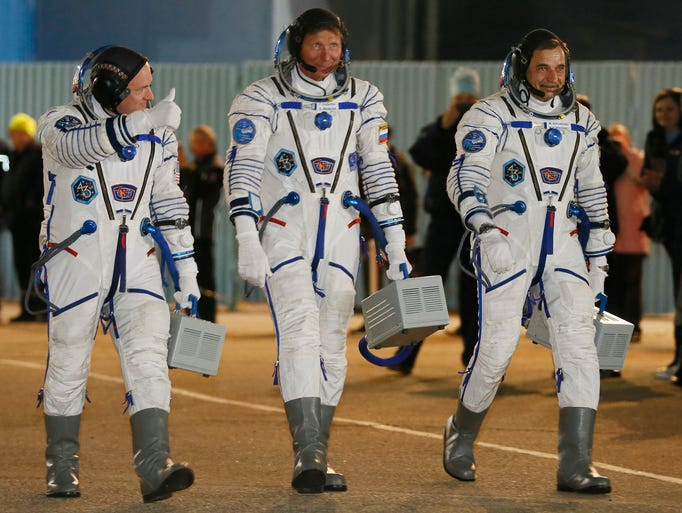 international space station astronauts waiting for their ride home - photo #45