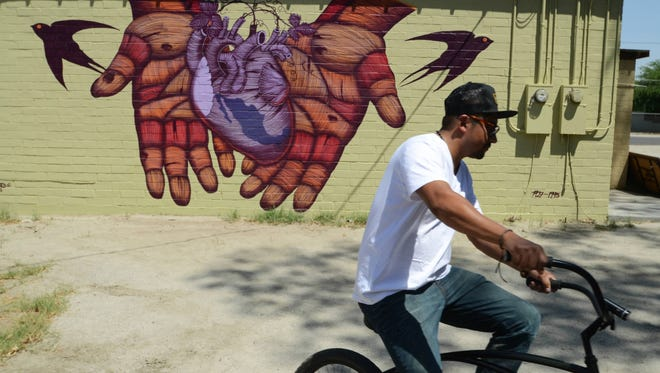 Casa de Trabajador, by Mexico City artist Sego, was featured in Google's Street Art Collection as part of the collaboration with the Coachella Walls project.