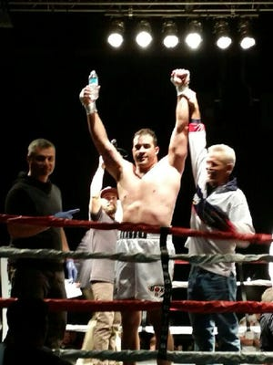 El Paso heavyweight David Rodriguez scored a first round knockout over Miguel Dominguez late Saturday night in Salt Lake City, Utah.