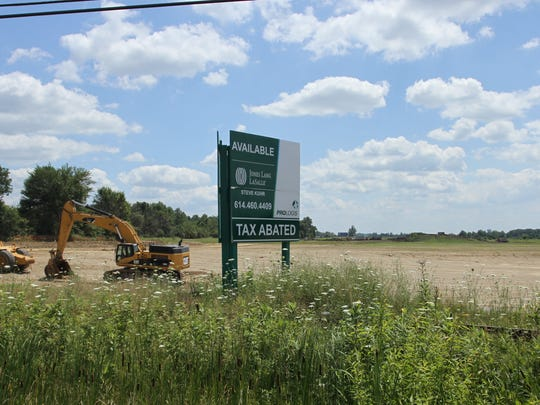 Amazon is placing a fulfillment center in Etna Township,