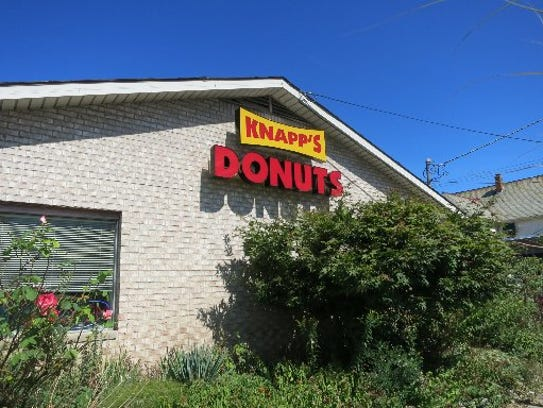 Knapp's Donuts stands at the corner of Main and University