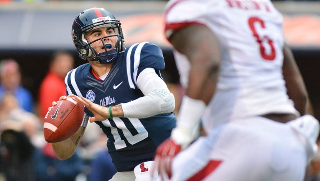Ole Miss quarterback Chad Kelly produced a strong effort in Saturday's loss to Arkansas.