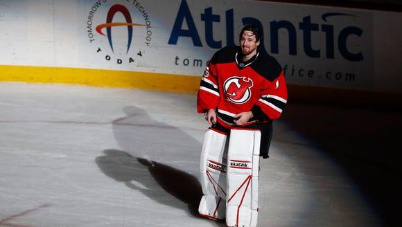 New Jersey Devils goalie Keith Kinkaid (1) takes a