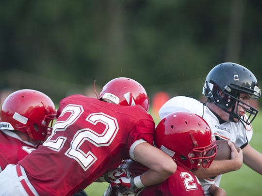 8-21-15_MAN_Lutheran Football_0001