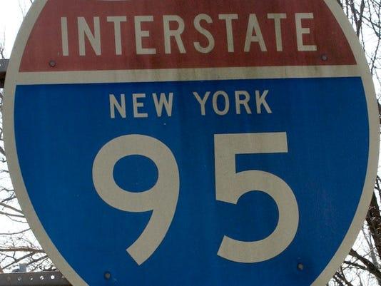 LH Roads: I-95 sign