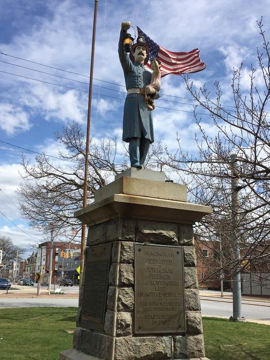 636584538568391625-Firemen-27s-Memorial-statue-04-04-18-1-.jpg