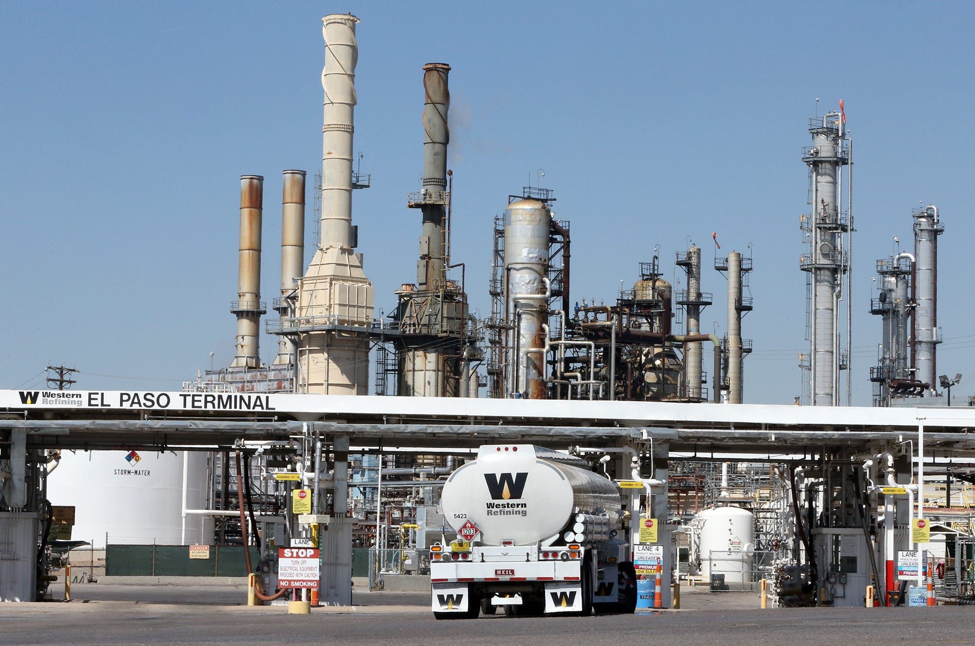 What turns the Omsk refinery