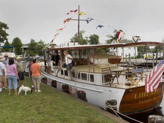 IMG_boats140719c.jpg_1_1_EP80DTS4.jpg_20140731.jpg