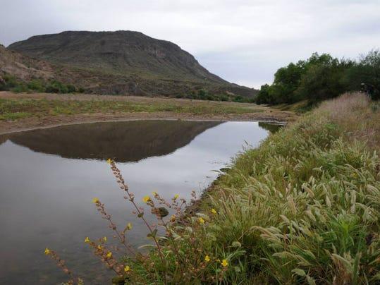 PNI 0503 hike agua fria.jpg