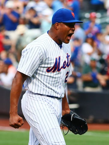 Mets closer Jeurys Familia exults after getting the