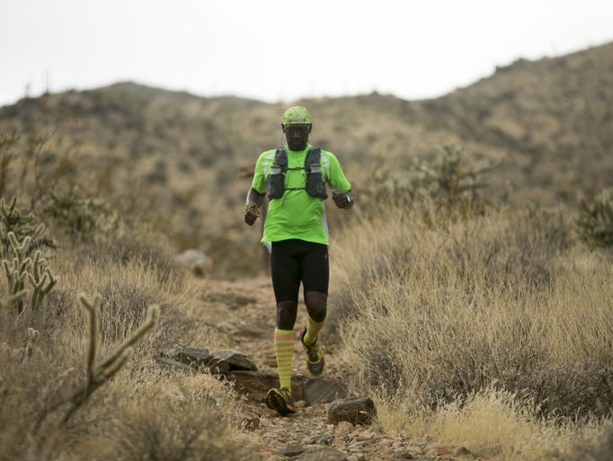 Otis Ward of Surprise trail runs on the Willow Canyon