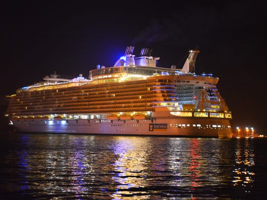 The Oasis of the Seas, one of the largest cruise ships