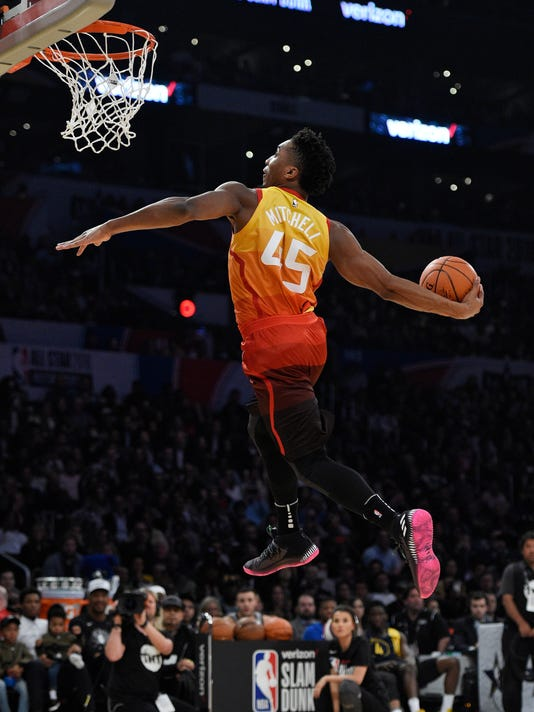 separation shoes 950fd fe247 A flying spider: The four dunks that won Donovan Mitchell ...