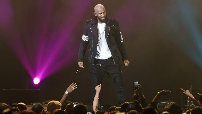 CHICAGO, IL - MAY 07:  R. Kelly performs during The Buffet Tour at Allstate Arena on May 7, 2016 in Chicago, Illinois. Kelly will perform at Westchester County Center on July 30, 2017.