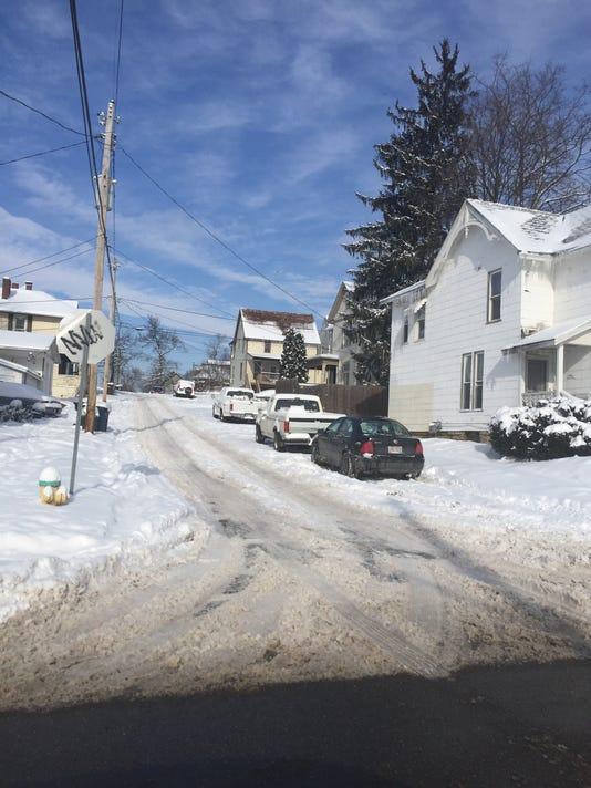 636517180974410584-snowy-street2.jpg