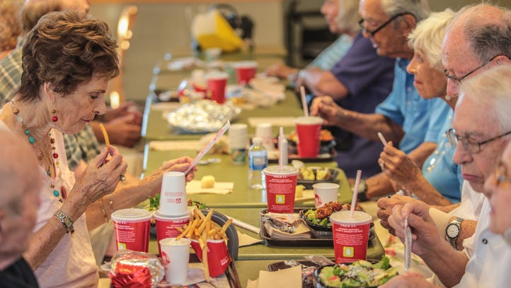 At the Palm Desert Wendy's, an unorthodox Shabbat ritual is keeping seniors connected