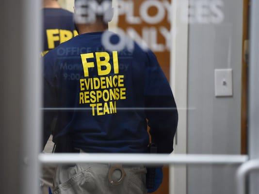 635889888429111999-TCL-FBI-search-02.jpg