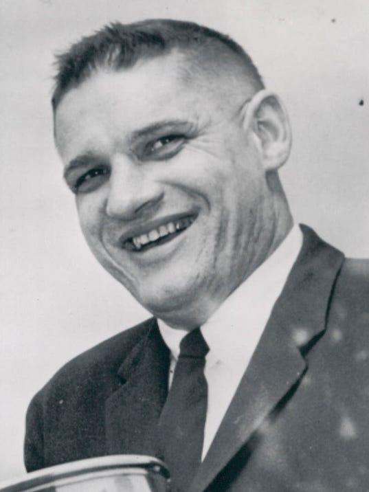 BIG10: Michigan Hockey Legend Al Renfrew Led Teams To Greatness