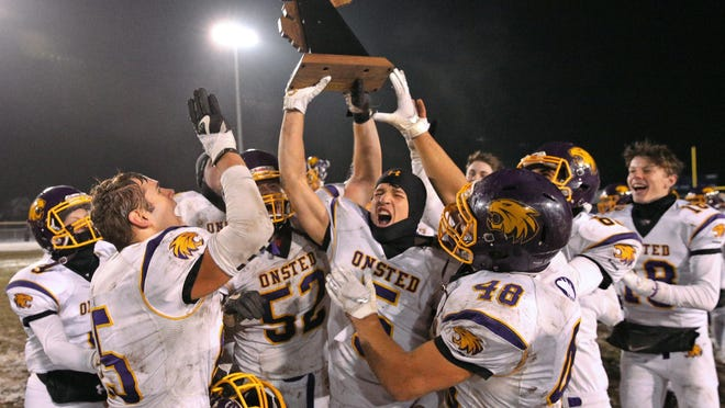 Onsted celebrates after winning the Division 6 regional championship in 2019.