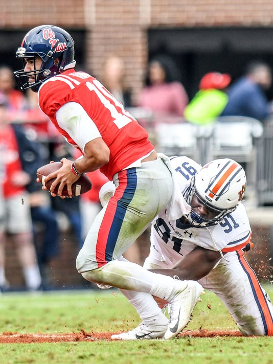 Auburn_Mississippi_Football_34977.jpg