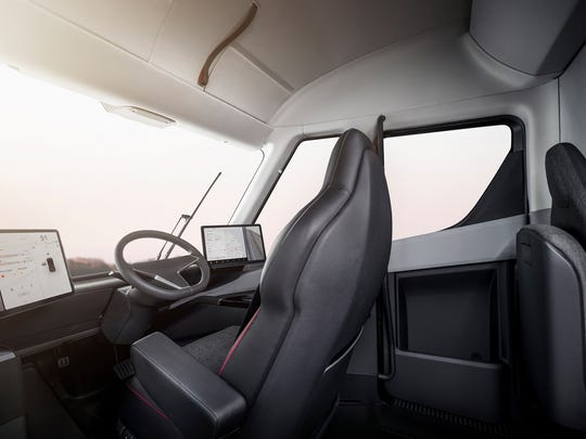 One unique feature of the Tesla Semi is the centrally