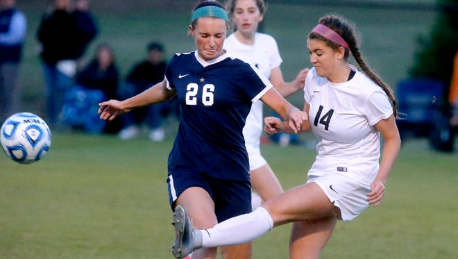 Cara Young (14) is one of several players expected to return next season for Houston, which ended the 2017 season No. 1 in the USA Today national rankings.