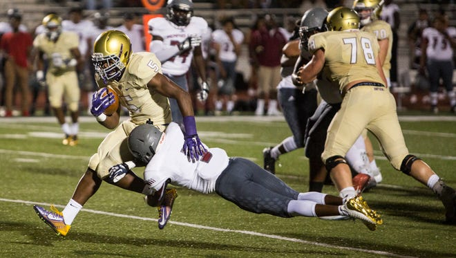 September 22, 2017 - CBHS' Al Wooten runs with the ball during Friday night's game at Christian Brothers High School.
