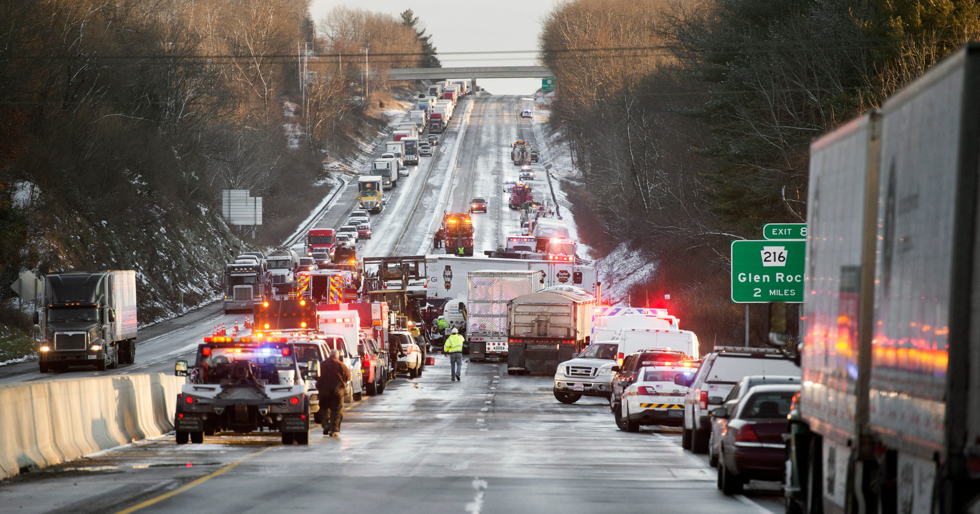 50 vehicles involved in fatal I-83 crash