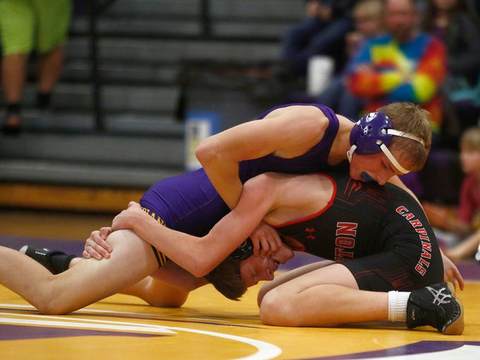 Indianola 126-pounder Trey Kaas wins a 4-2 decision