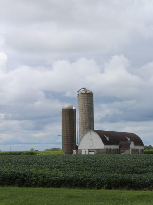 scenic-farm-kottke-1.JPG