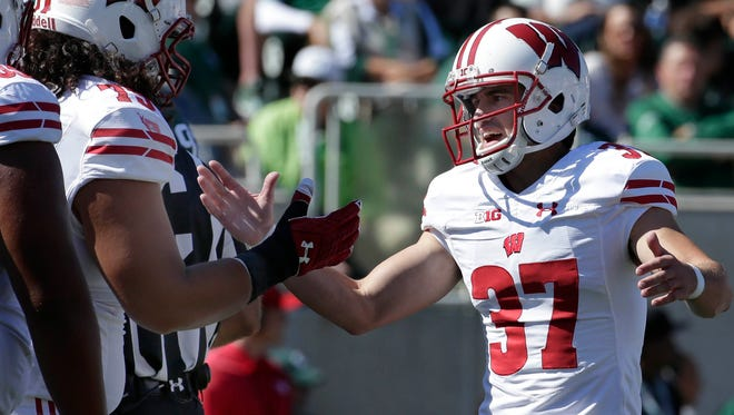 Andrew Endicott maay have to fill in for injured place kicker Rafael Gaglianone , Wisconsin place kicker again.