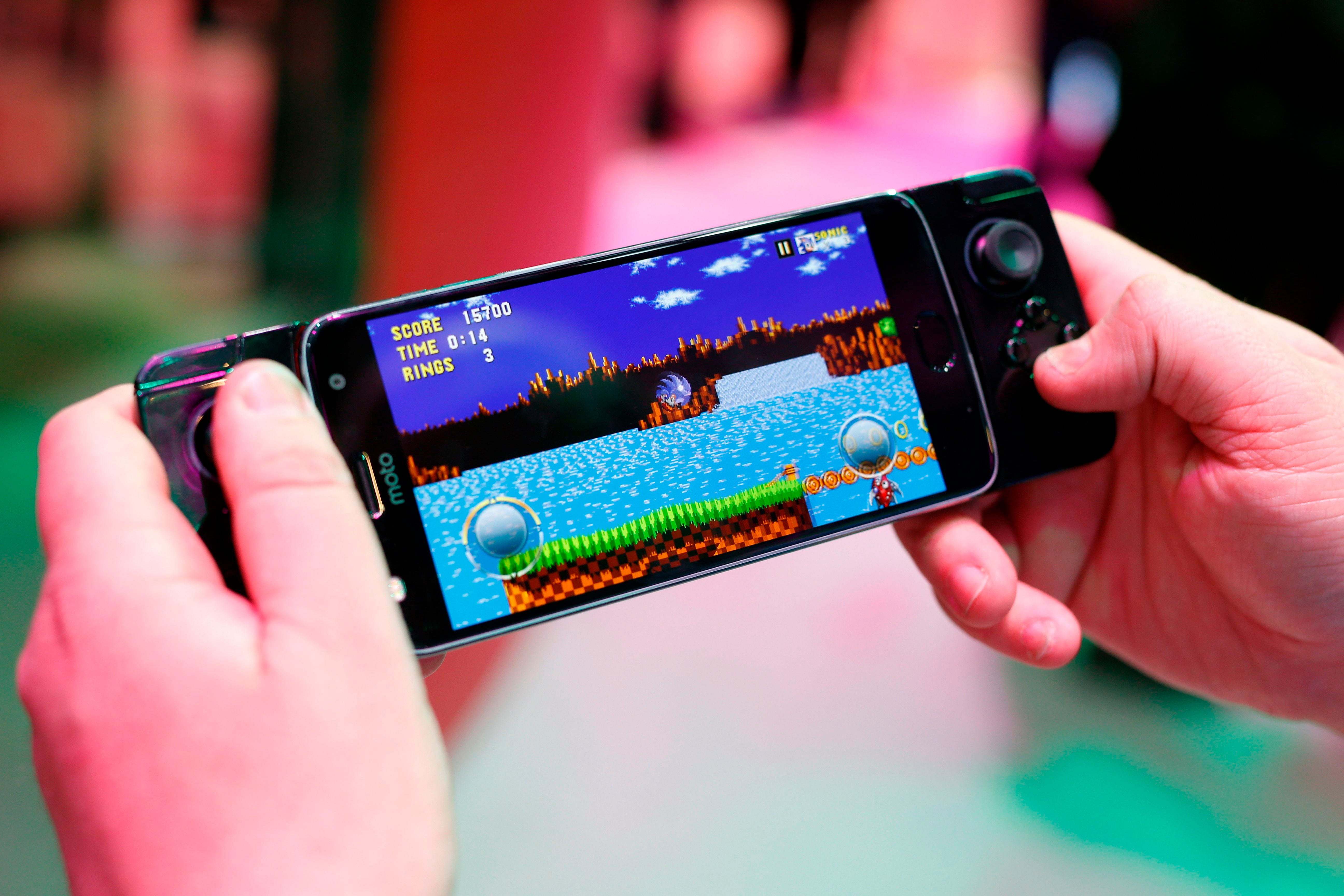 Active Video Games May Not Boost Kids Fitness