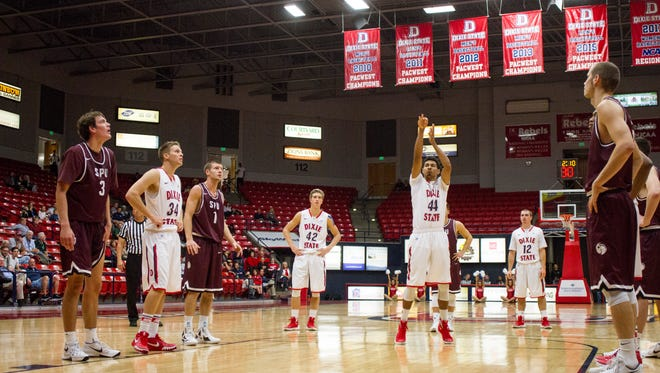 Dixie State basketball fans will get their first chance to see the men's and women's basketball teams Monday night in the Burns Arena during the Trailblazer Tipoff, starting at 6 p.m.  The event is free to the public and the event features team scrimmages and a slam dunk and 3-point contest.