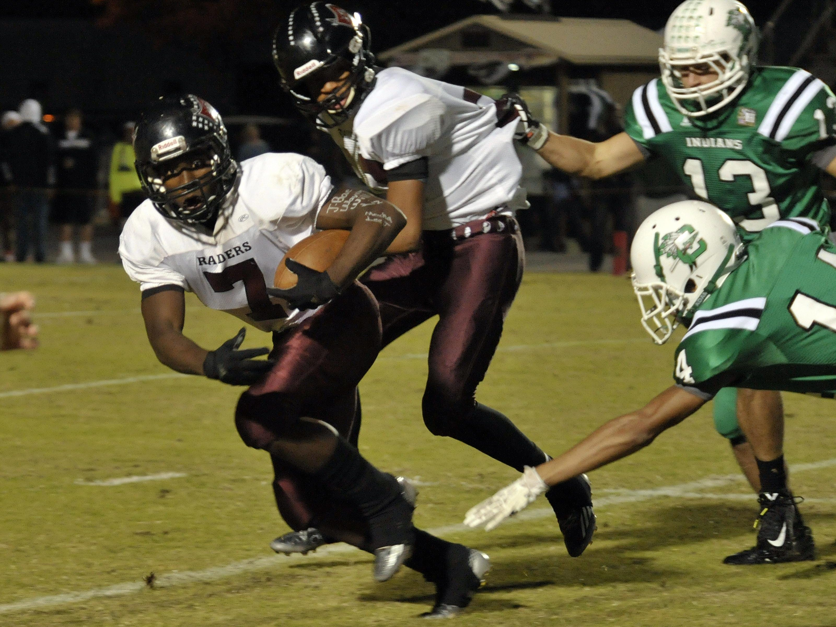 Navarre High tailback Michael Carter has been hard at work this offseason rehabbing a season-ending injury that cut short his junior campaign. On Monday, he announced his commitment to the University of North Carolina.