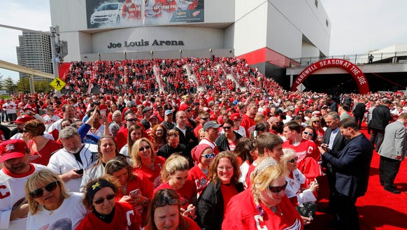 Fans wait to enter Joe Louis Arena before the final
