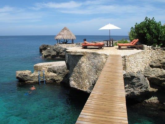 636572496421021311-CAPTION-9-credit-Tensing-Pen-Resort.jpg